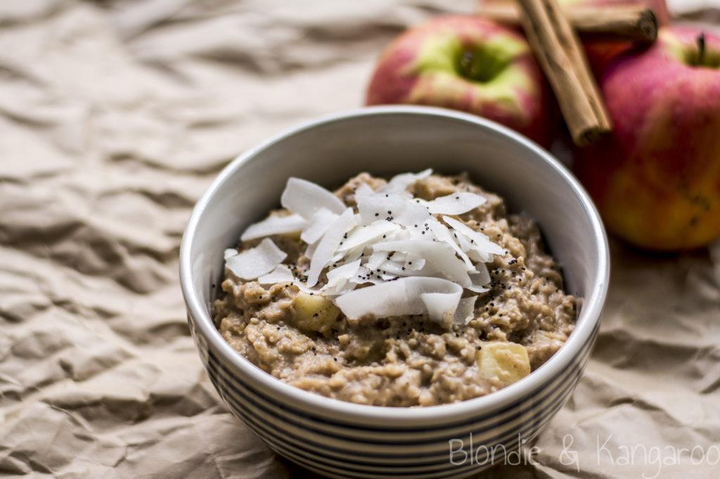Owsianka zjabłkiem/Apple porridge