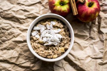 Owsianka z jabłkiem/Apple porridge