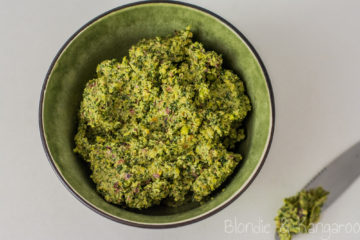 Pistacjowo-miętowe pesto/ Pistachio mint pesto