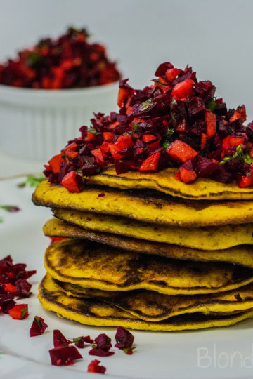 Placuszki dyniowe z burakami i marchewką/Pumpkin pancakes with beetroot and carrot